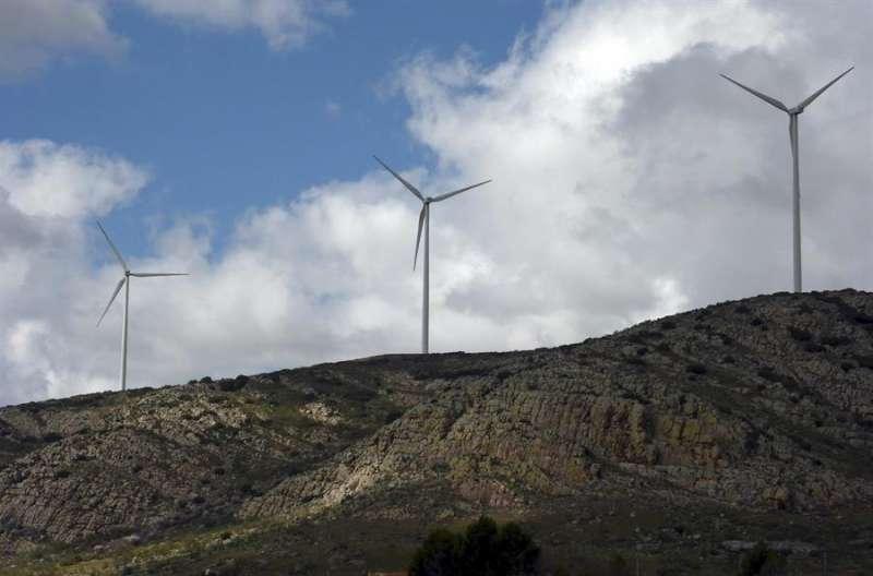 Imagen de archivo de un parque eólico. EFE/Beldad