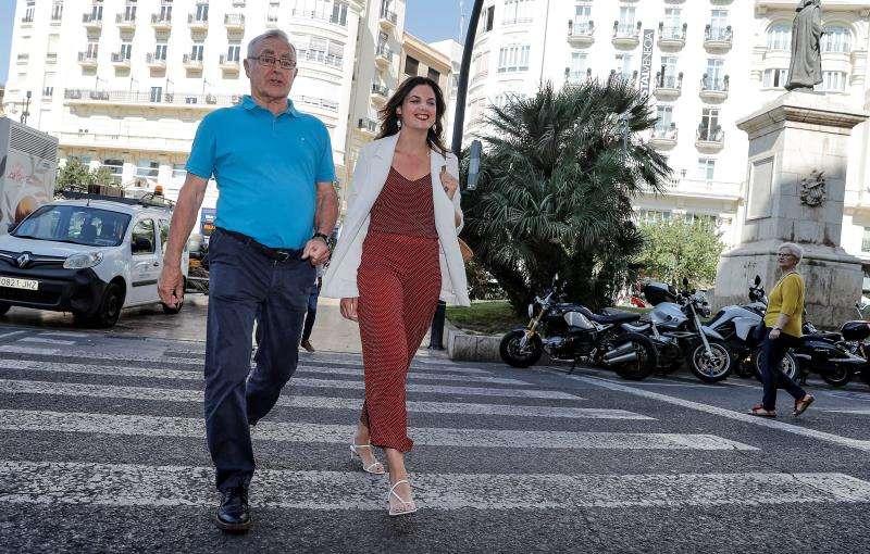 El alcalde de València en funciones, Joan Ribó (Compromís), y la candidata socialista, Sandra Gómez. EFE/Archivo