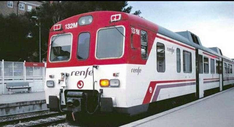 Tren de cercanías de la línea 3 de Valencia. EPDA