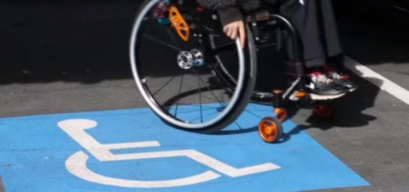Persona en una silla de ruedas.FOTO ASPAYM