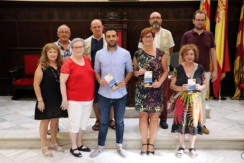 Membres de la corporació municipal durant la presentació de l