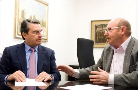 Reunión del diputado provincial de Turismo con la Federación empresarial hostelera de Valencia. Foto: Abulaila