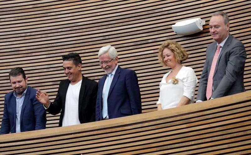 Los cinco senadores territoriales en representación de la Comunitat Valenciana: Joan Lerma y Josefina Bueno (PSPV), Alberto Fabra (PP), Carles Mulet (Compromís) y Emilio Argüeso (Ciudadanos). EFE