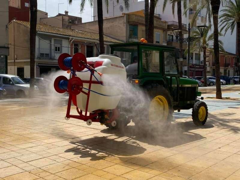 Tareas de desinfección en el municipio de Silla. / EPDA