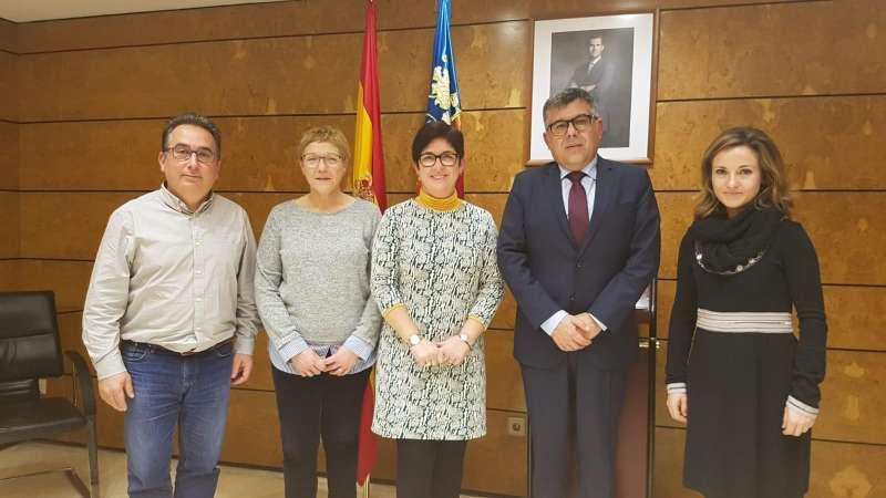 Reunión delegado del Gobierno en la Comunidad Valenciana con el  Puesto Principal de la Guardia Civil Buñol.