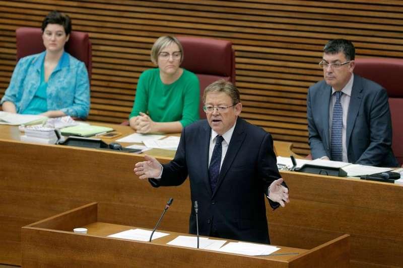 Ximo Puig, durante su intervención en la sesión de control al Gobierno en Les Corts Valencianes.EFE/Kai Försterling