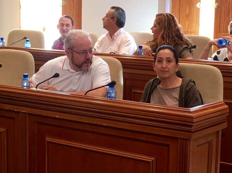 La portavoz de Ciudadanos de Burjassot, Tatiana Sanchis, en el pleno. EPDA