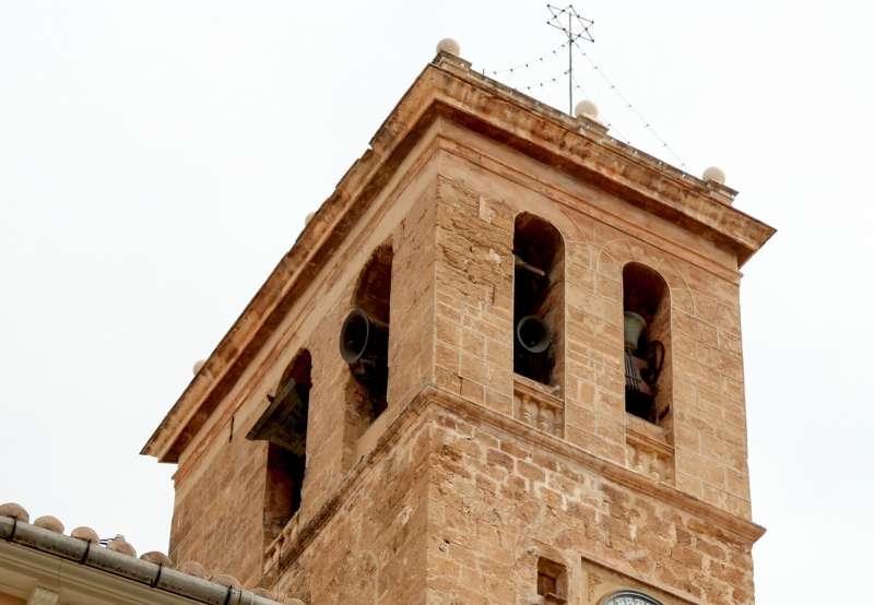El campanario de la catedral cuenta con 8 campanas de volteo