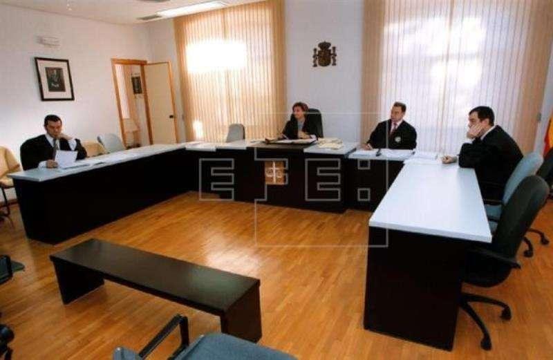 Imagen de una sala de juicios en Alicante. EFE/Archivo