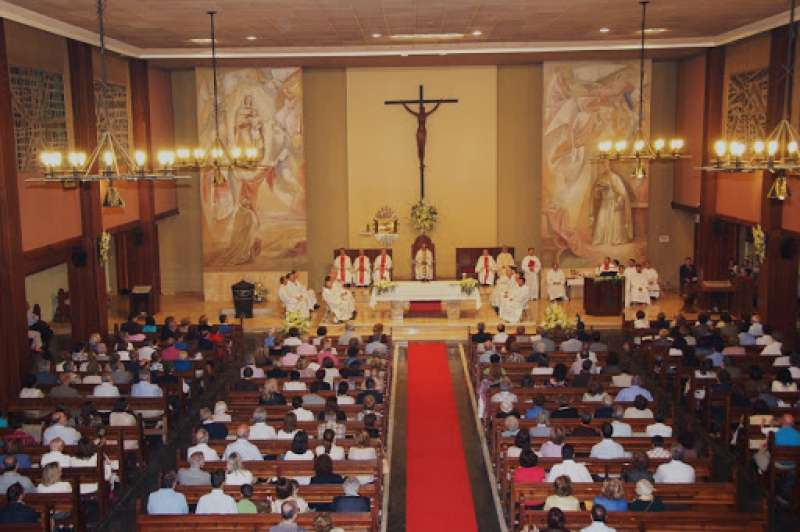 Imagen del interior de la iglesia en un día normal.