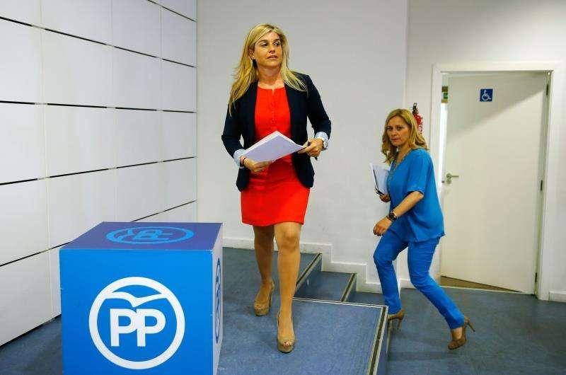 La secretaria general del PPCV, Eva Ortiz (i). EFE/Archivo