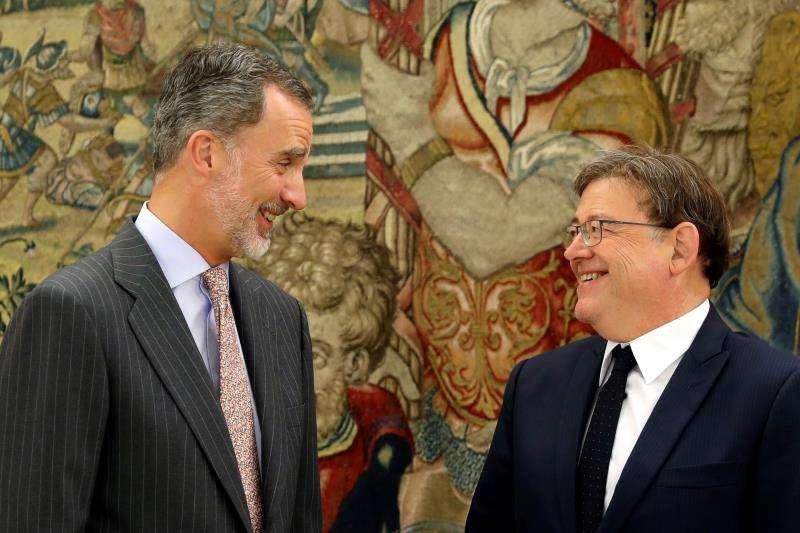 El rey Felipe VI y el presidente de la Generalitat valenciana, Ximo Puig. EFE