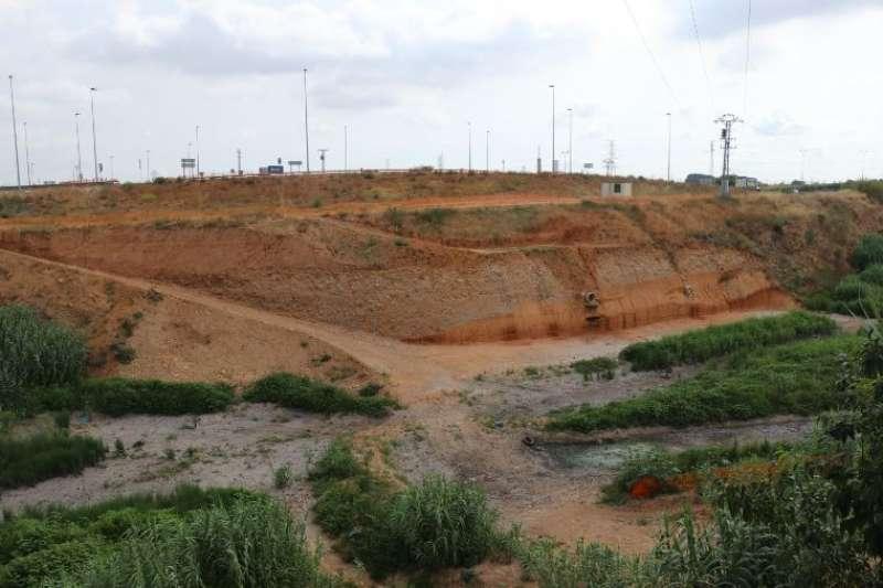 Obras en el barranco de Chiva. EPDA