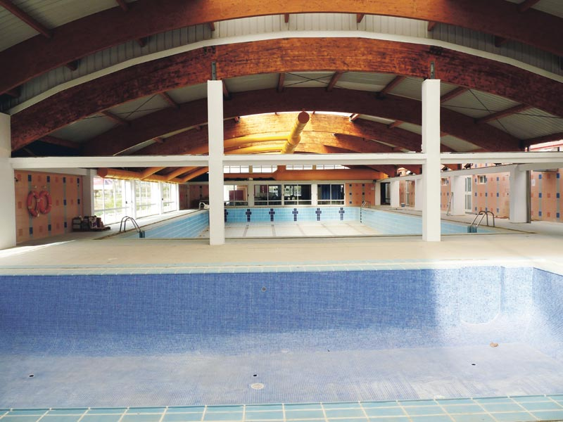 Interior de la futura piscina de La Pobla de Farnals. FOTO EPDA