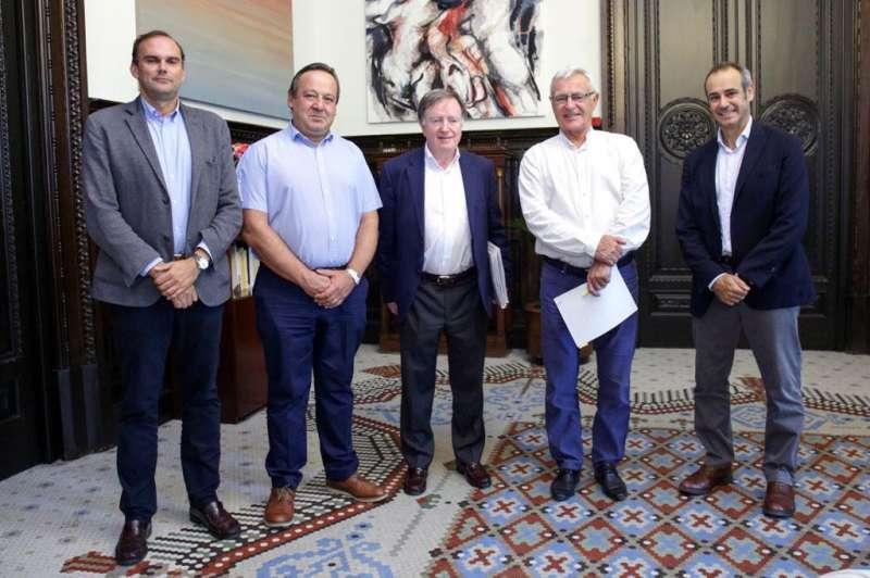 Visita de AEAS y el alcalde de València.
