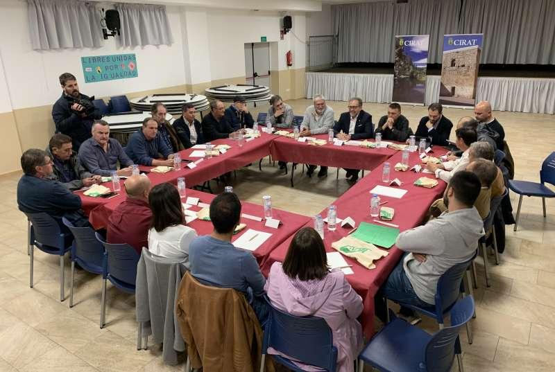 Reunión de alcaldes con Martí en Cirat