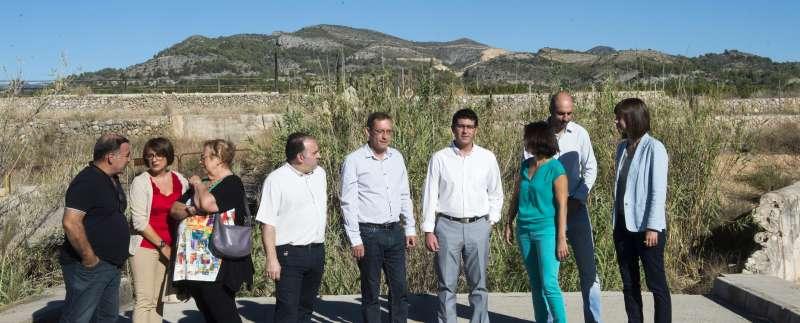 Jorge Rodríguez con los alcaldes de Beniarjó y Real de Gandia.