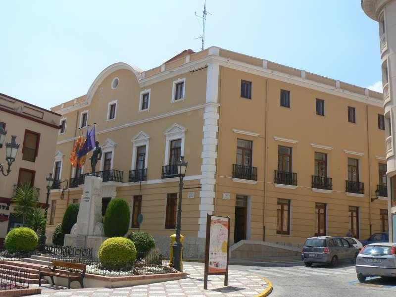 Ayuntamiento de Oliva. EPDA.