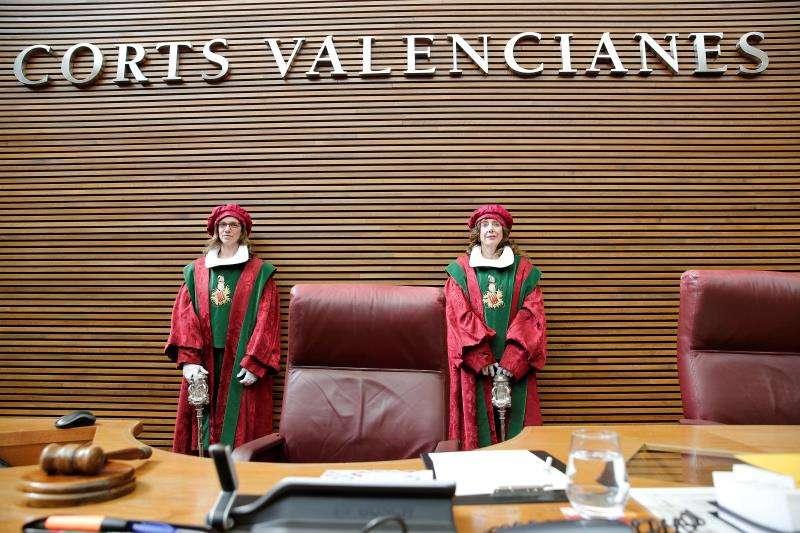 La décima legislatura de Les Corts Valencianes se abre con la elección de la nueva Mesa, que vuelve a presidir Enric Morera.EFE