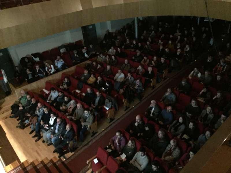 Público en el Teatro García Berlanga