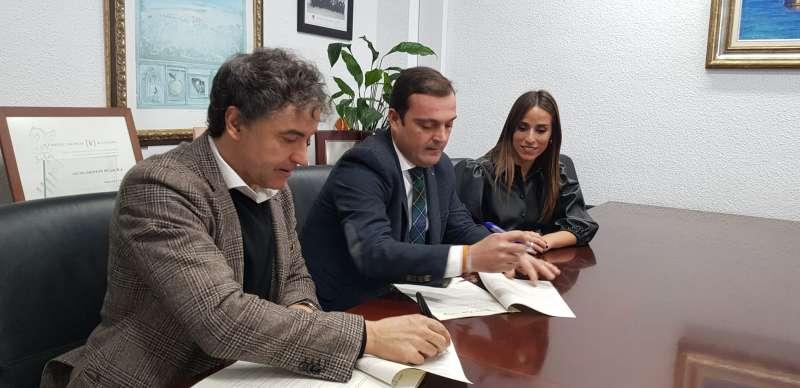 Firma del convenio de colaboración. EPDA