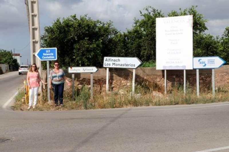 Cruce Camí Mangraners y Camí Llíria. epda