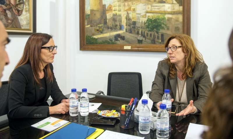 Amigó se reunió con la alcaldesa de Godella para preparar las actividades del Año Pinazo