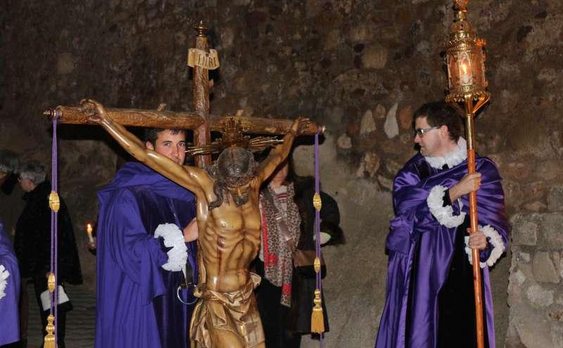 El Cristo de las Mercedes en el rezo de una estación