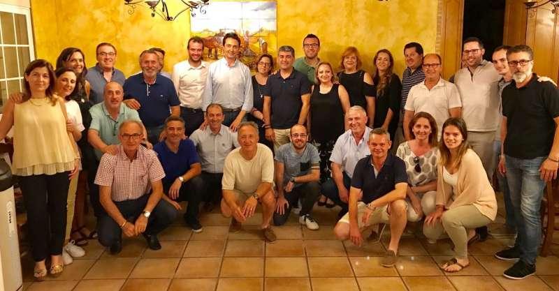 Betoret en la reunión con militantes del PP. FOTO EPDA