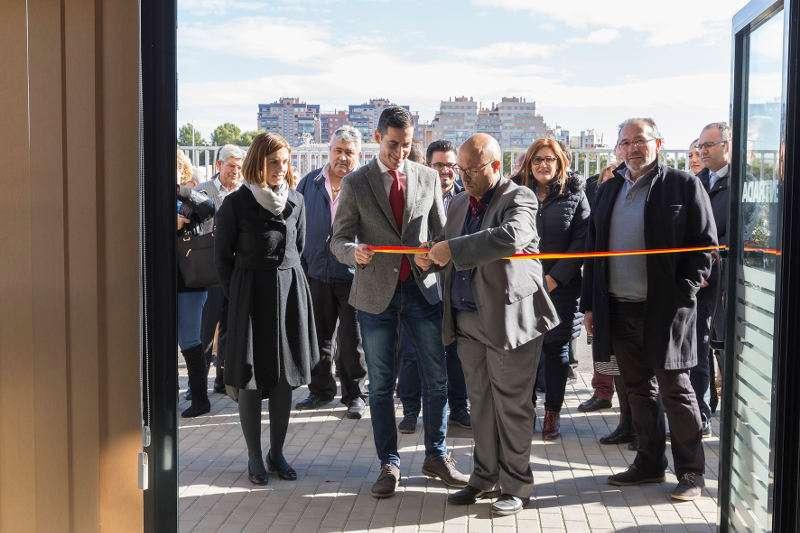El alcalde de Mislataa inaugura el nuevo tanatorio de Mislata. EPDA