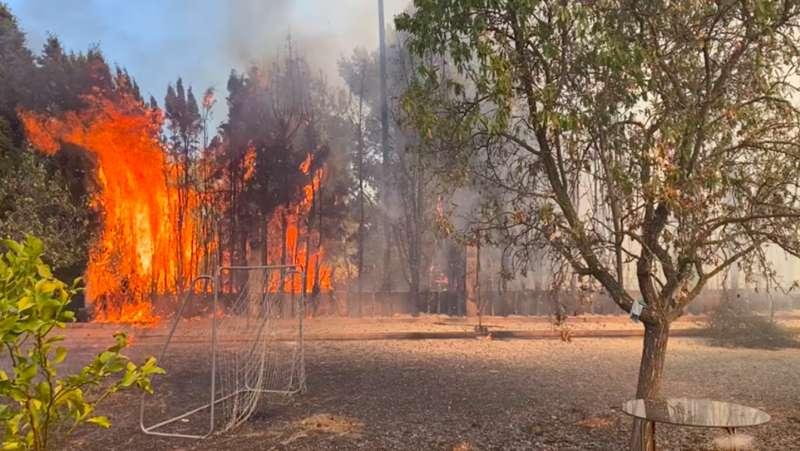 Imagen del incendio en Moncada.