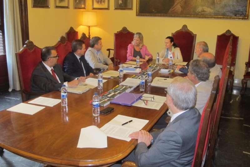 Instante de la reunión celebrada en la sede del Tribunal Superior de Justicia
