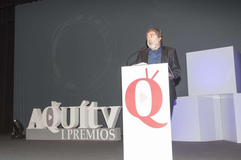 Javier Olivares se llevó tres premios: el de mejor serie, El Ministerio del Tiempo, y los que ganaron Aura Garrido y Cayetana Guillén Cuervo.