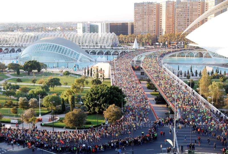 Vista general de la salida del Maratón Valencia Trinidad Alfonso EDP de la última edición. EFE/Archivo