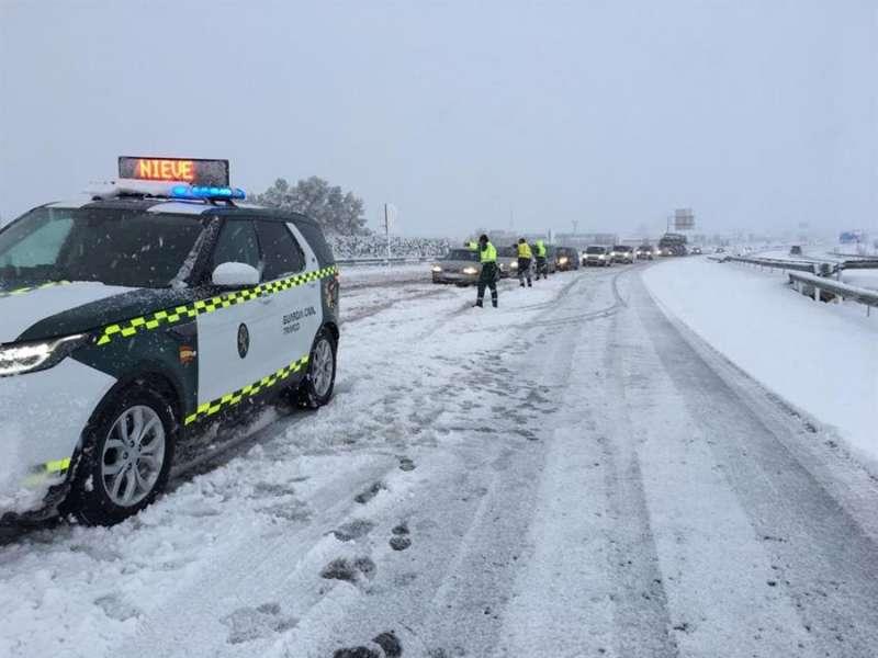 La carretera A31 con nieve, en una imagen compartida por la DGT.