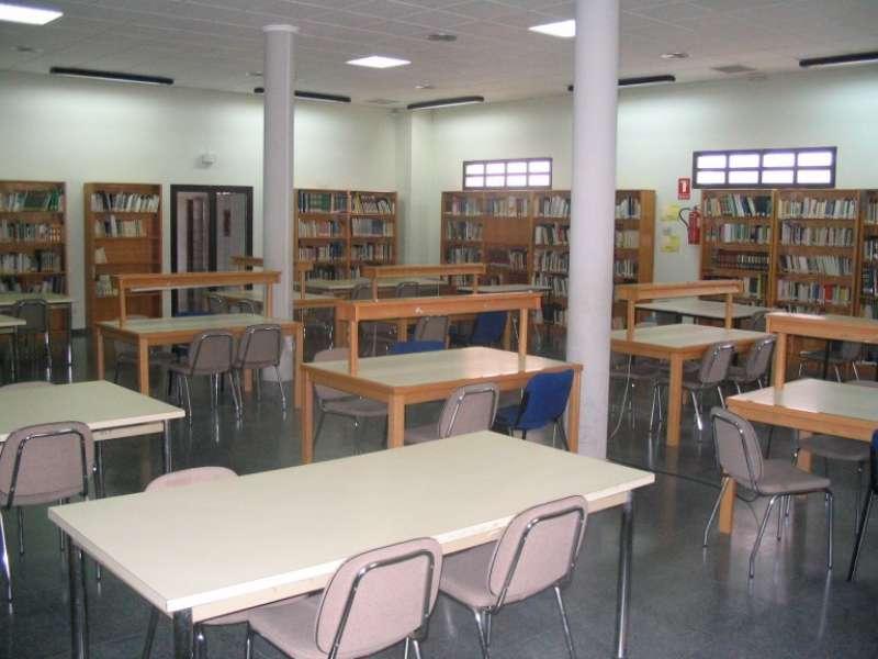 Sala de lectura de la biblioteca de Segorbe