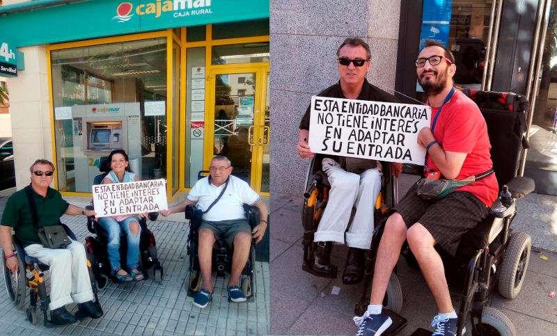 Salvador Esteve, de Guanyem Benetússer, junto a otros vecinos del municipio frente a las sucursales no adaptadas. EPDA