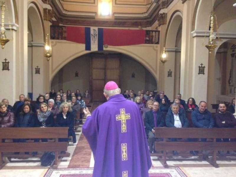 El obispo celebró la Eucaristía en las dos poblaciones