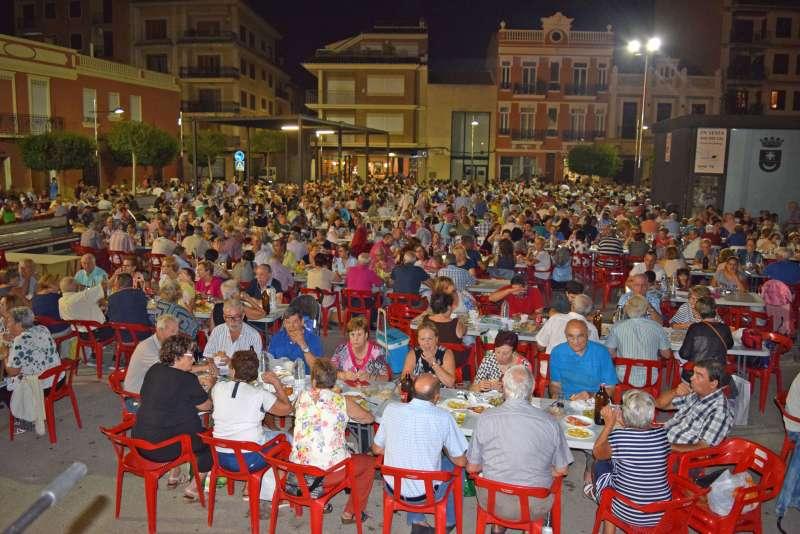 Sopar popular de Sedaví. EPDA