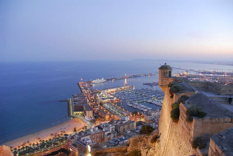 Vista aérea de la ciudad de Alicante
