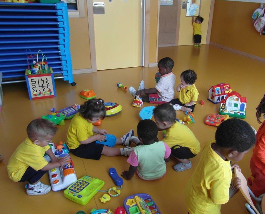 Un aula de la escuela de Torrent. FOTO CASA CARIDAD