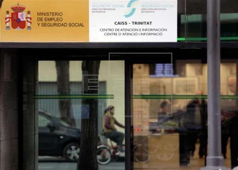 Oficina en València del Ministerio de Empleo. EFE/Juan Carlos Cárdenas/Archivo