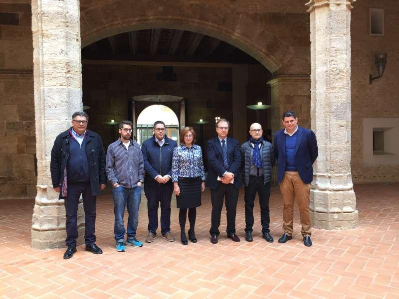 El subdelegado del Gobierno en Valencia, José Vicente Herrera, ha visitado con la alcaldesa de Alaquàs, Elvira García Campos, y los portavoces de los diferentes grupos políticos del municipio, el Castillo de Alaquàs