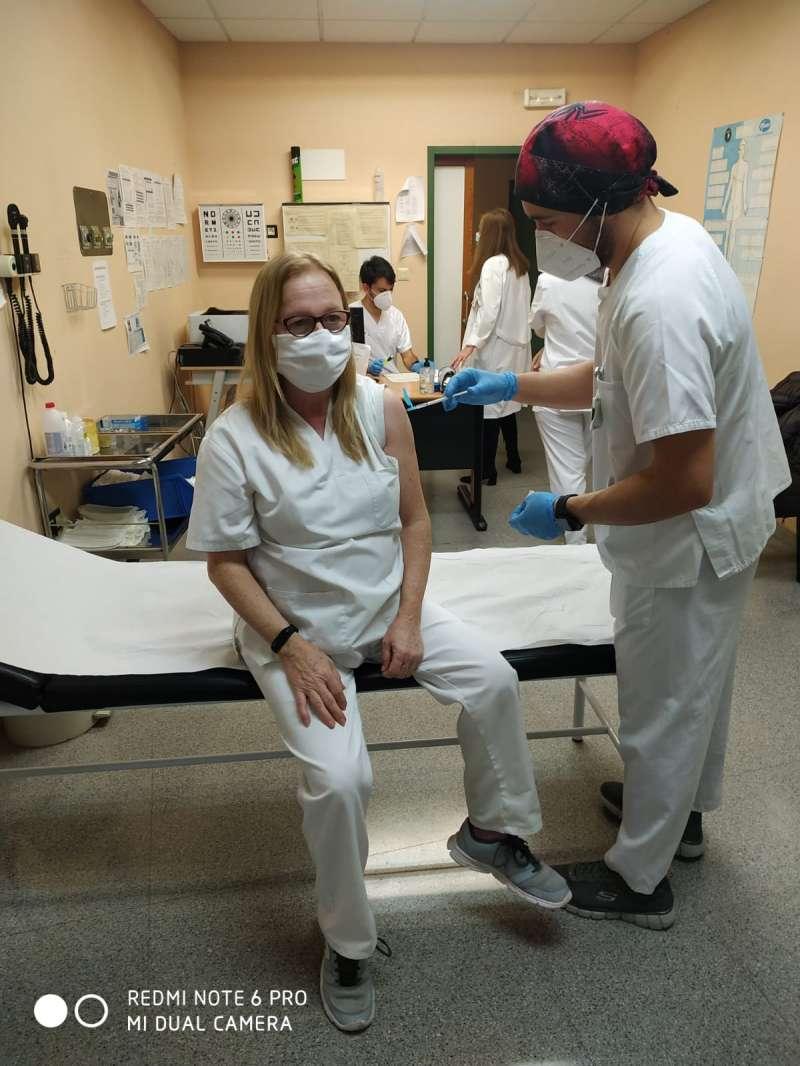 Vacunación de 2ª dosis al personal de riego del Hospital de Segorbe