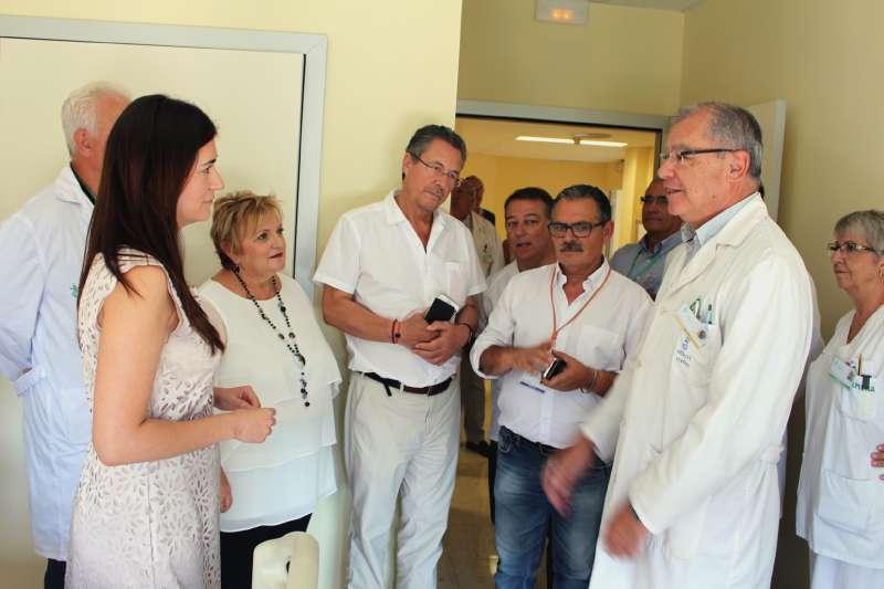Carmen Montón visita el nuevo servicio de Urgencias Pediátricas del Hospital de Llíria