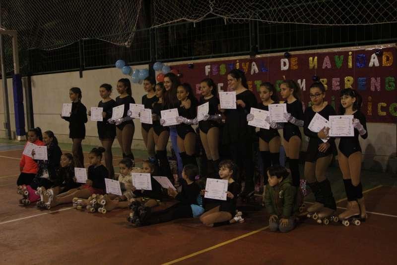 Las patinadoras del Club de Patinaje Artístico de Canet d
