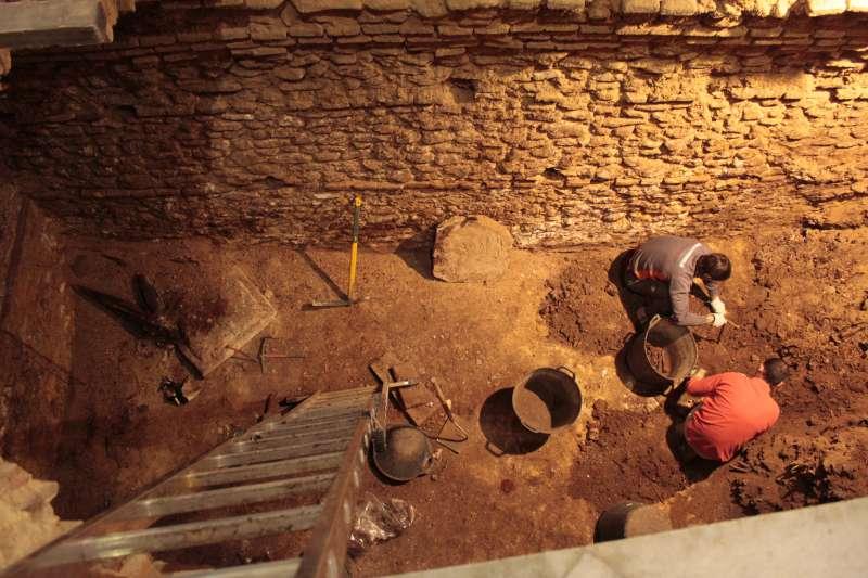 Treballs realitzats durant 2013 i 2014 a la Cripta de Sant Cristòfor Màrtir de Picassent. EPDA