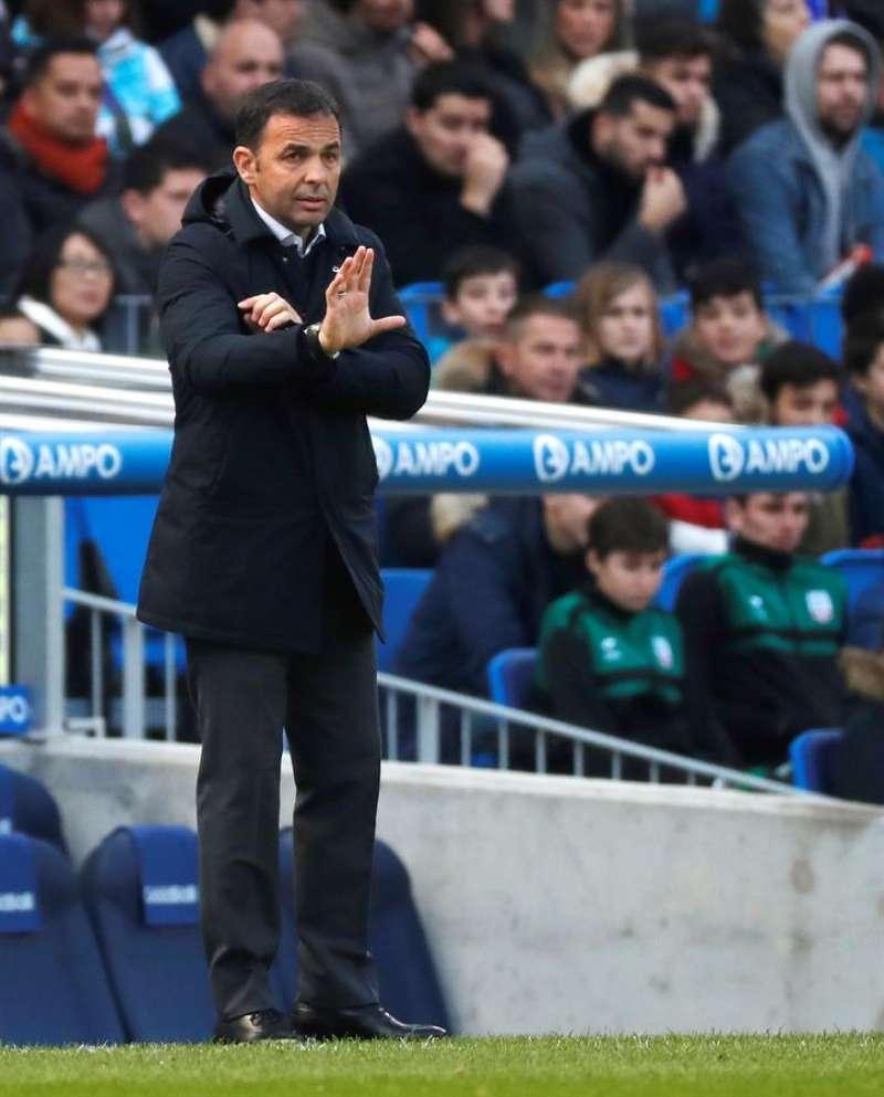 El entrenador del Villarreal, Javier Calleja, durante un partido. EFE