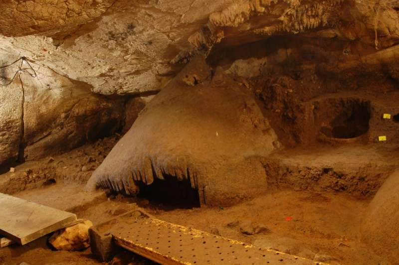 Sala interior Cova del Randero Pedreguer./ EPDA