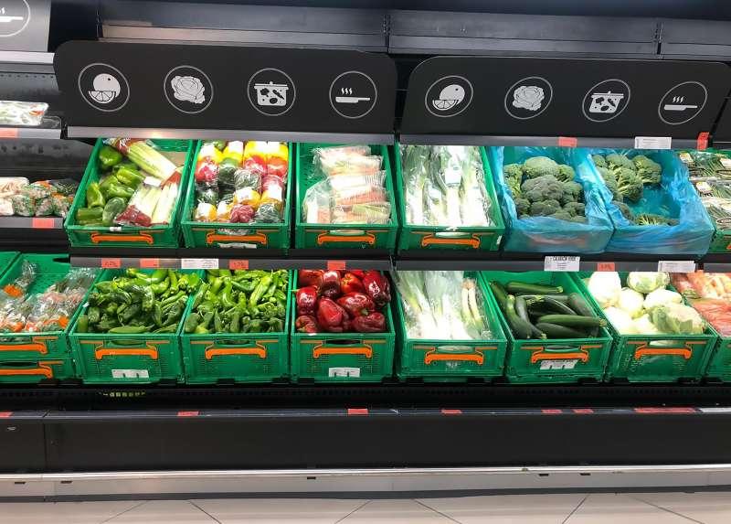 Un lineal de verduras de Mercadona.